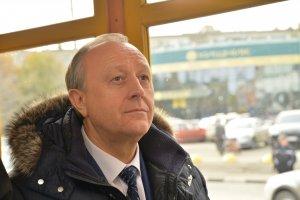 Эксперт: Радаев входит в первую губернаторскую избирательную кампанию без уверенности, что его не заменят